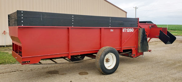 Valley-NT1260-Bunk-Feeder-5x16