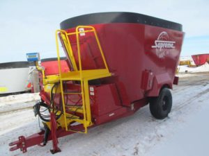 Supreme 600T vertical mixer wagon | Farm Equipment>Mixers>Vertical Feed Mixers - 1