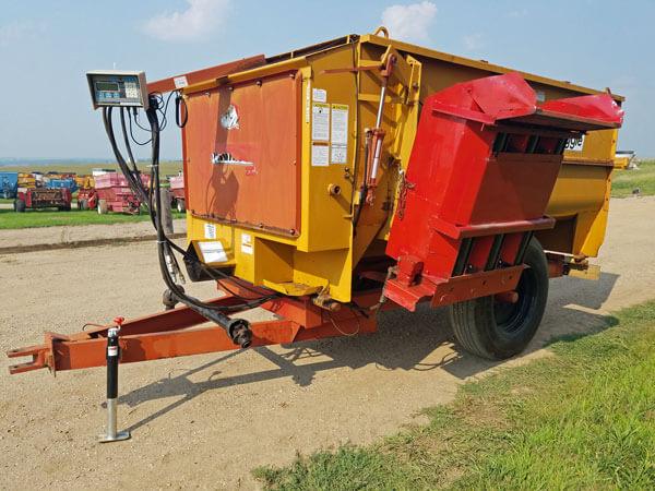 Knight-3250-Reel-Mixer-Wagon-ID2447