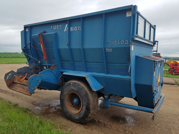 Luck-Now-HM-500-4-Auger-Mixer-Wagon-ID2656