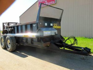 Meyers VB 750 vertical beater spreader