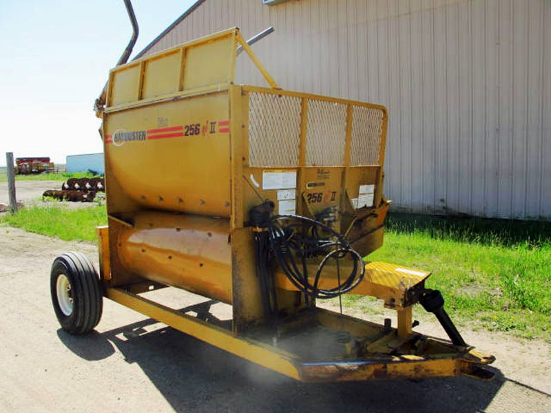 Haybuster 256-2 Bale Processor