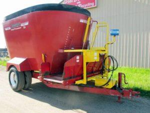 Supreme 900t Vertical Mixer Wagon