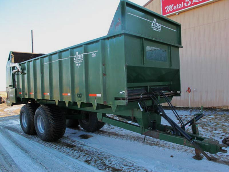 Cyclone Rake For Sale >> Artex CB-800 manure spreader for sale @ Post Equipment