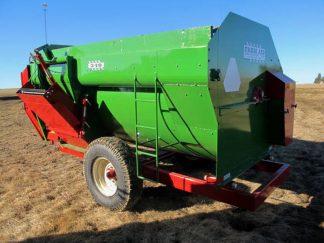 Farm Aid 340 reel mixer wagon | Farm Equipment>Mixers>Reel Feed Mixers - 5