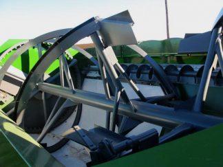 Farm Aid 340 reel mixer wagon | Farm Equipment>Mixers>Reel Feed Mixers - 2