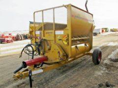 Haybuster 2650 bale shredder   Farm Equipment>Bale Processors - 1