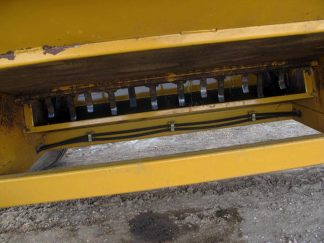 Haybuster 2650 bale shredder | Farm Equipment>Bale Processors - 6