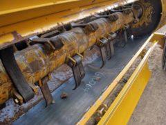 Haybuster 2650 bale shredder   Farm Equipment>Bale Processors - 3