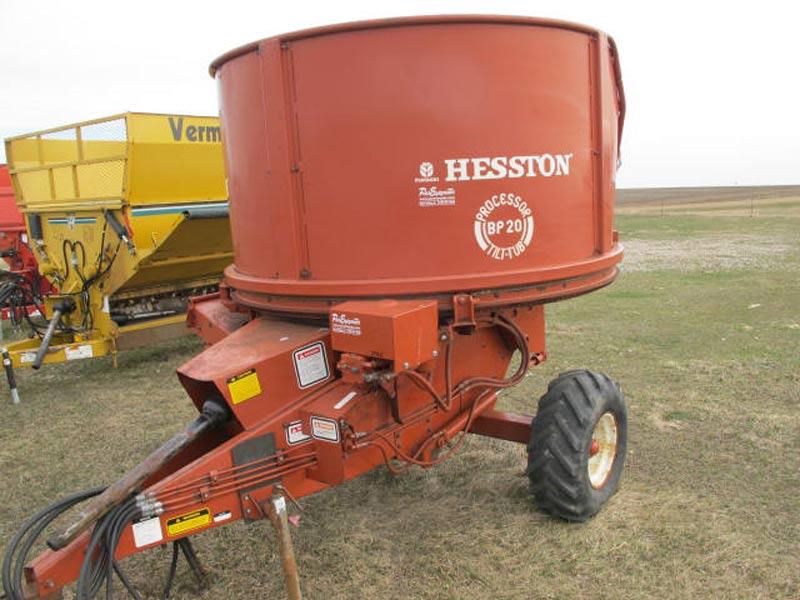 Hesston BP20 Bale Processor | Farm Equipment>Bale Processors - 1