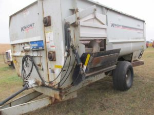 Knight Kuhn 3160 reel mixer