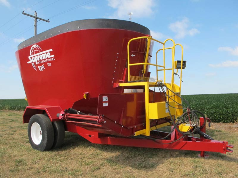 Supreme 900T vertical mixer