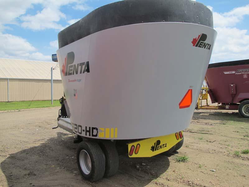 Penta 5620 vertical mixer | Farm Equipment>Mixers>Vertical Feed Mixers - 4