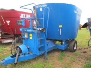 Supreme 500 vertical mixer | Farm Equipment>Mixers>Vertical Feed Mixers - 1