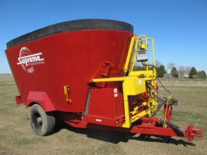 Supreme 600 T vertical mixer wagon | Farm Equipment>Mixers>Vertical Feed Mixers - 1