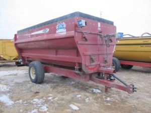 SAC 4600 four auger mixer wagon | Farm Equipment>Mixers>Misc. Feed Mixers - 1