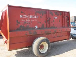 Mono-mixer 1490 | Farm Equipment>Mixers>Misc. Feed Mixers - 1
