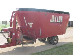 Jaylor 3750 vertical mixer wagon | Farm Equipment>Mixers>Vertical Feed Mixers - 1