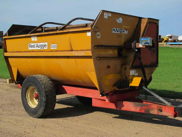 Knight 3450 reel mixer | Farm Equipment>Mixers>Reel Feed Mixers - 7