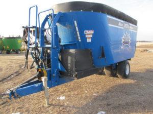 SAC 3575 vertical feed wagon | Farm Equipment>Mixers>Vertical Feed Mixers - 1