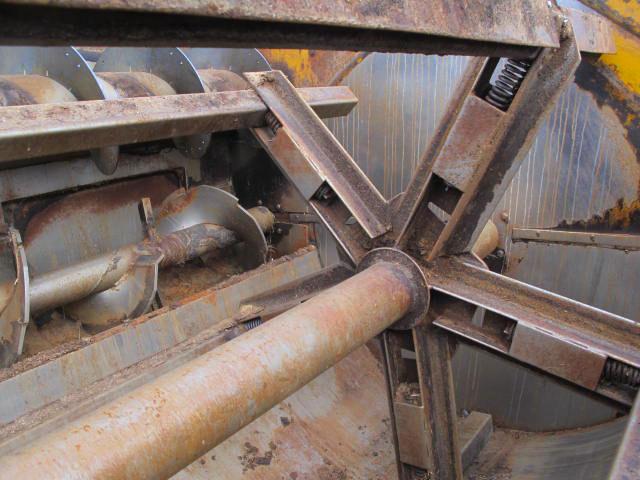 Knight 3036 reel mixer wagon | Farm Equipment>Mixers>Reel Feed Mixers - 2