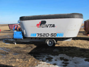 Penta 7520 SD Vertical Mixer | Farm Equipment>Mixers>Vertical Feed Mixers - 1