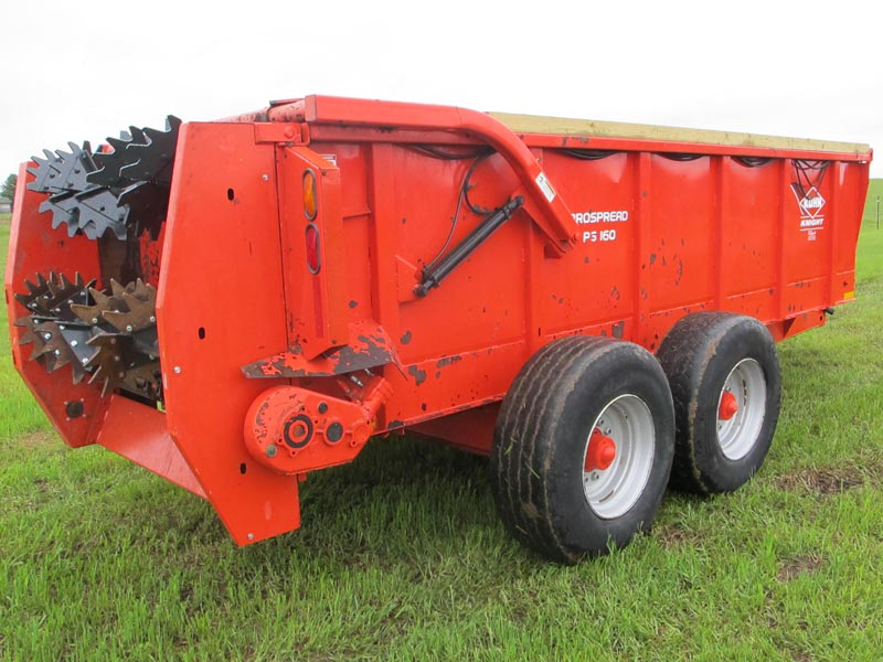Knight PS160 horizontal beater manure spreader | Farm Equipment>Manure Spreaders - 3