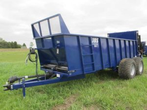JBS 2248 VMEC manure spreader | Farm Equipment>Manure Spreaders - 1