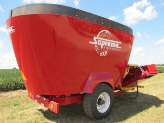 Supreme 600T | Farm Equipment>Mixers>Vertical Feed Mixers - 1