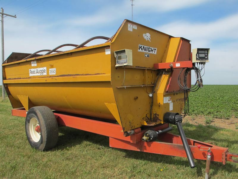 Knight 3550 reel mixer | Farm Equipment>Mixers>Reel Feed Mixers - 5