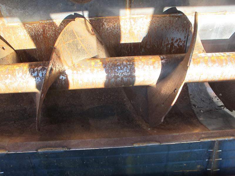 Knight 3142 Reel Mixer Wagon | Farm Equipment>Mixers>Reel Feed Mixers - 2