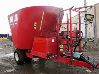 Jaylor 2425 vertical mixer | Farm Equipment>Mixers>Vertical Feed Mixers - 1