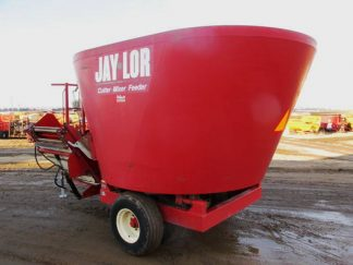 Jaylor 2425 vertical mixer | Farm Equipment>Mixers>Vertical Feed Mixers - 6