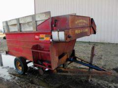 Kelly Ryan 4x10 Feeder Wagon | Farm Equipment>Mixers>Misc. Feed Mixers - 1
