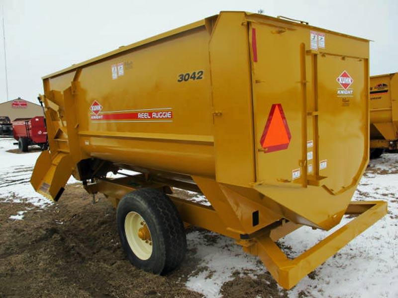 Knight 3042 reel mixer | Farm Equipment>Mixers>Reel Feed Mixers - 6