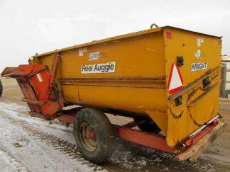Knight 3300 reel mixer wagon | Farm Equipment>Mixers>Reel Feed Mixers - 6