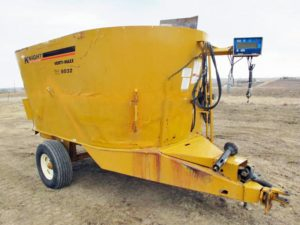 Knight 5032 vertical mixer wagon