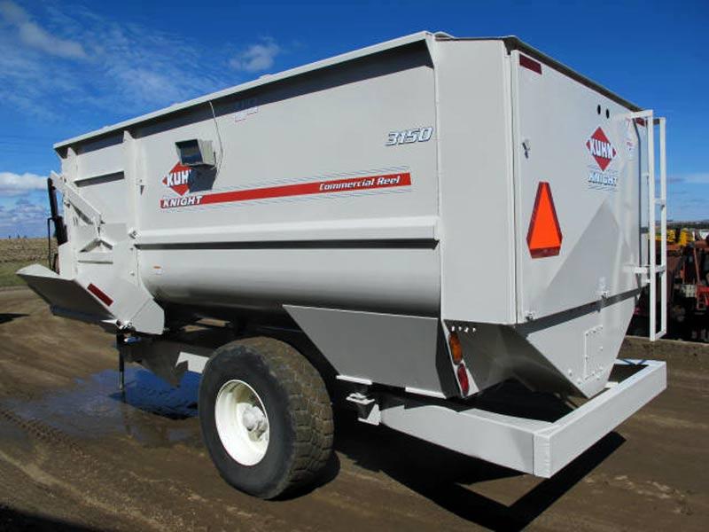 Knight 3150 reel mixer wagon | Farm Equipment>Mixers>Reel Feed Mixers - 6