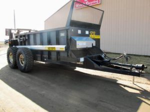 Meyers VB 750 vertical beater manure spreader