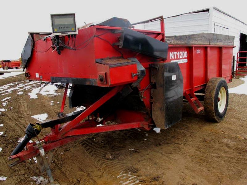 New Tec 1200 Feeder Wagon | Farm Equipment>Mixers>Misc. Feed Mixers - 1