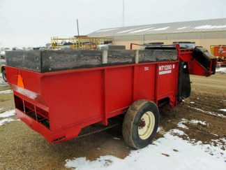 New Tec 1200 Feeder Wagon   Farm Equipment>Mixers>Misc. Feed Mixers - 6