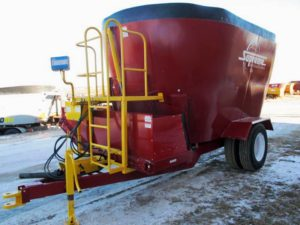 Supreme 900 t vertic0al mixer wagon | Farm Equipment>Mixers>Vertical Feed Mixers - 1