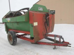 Farm Aid 250 reel mixer wagon | Farm Equipment>Mixers>Reel Feed Mixers - 1