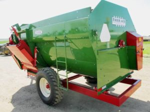 Farm Aid 340 feed mixer wagon | Farm Equipment>Mixers>Reel Feed Mixers - 1