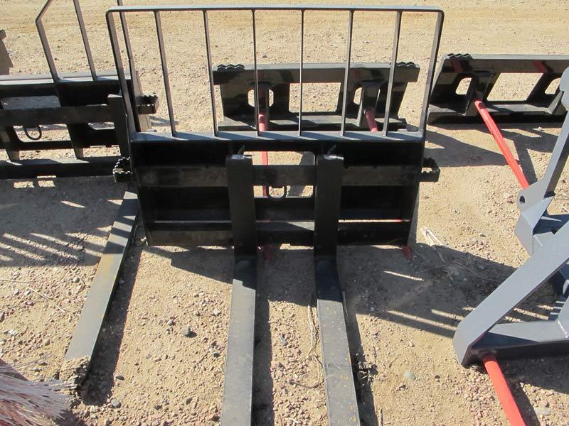 I-53 Pallet Forks | Farm Equipment>Attachments - 2