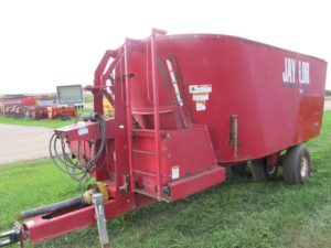 Jaylor 4650 vertical mixer feeder wagon | Farm Equipment>Mixers>Vertical Feed Mixers - 1