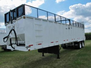 JBS FT3660 silage trailer | Farm Equipment>Miscellaneous Farm Equipment - 1