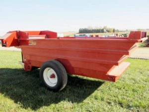 Kelly Ryan 5x12 bunk feeder wagon | Farm Equipment>Mixers>Misc. Feed Mixers - 1