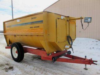 Knight 3030 reel mixer feeder wagon   Farm Equipment>Mixers>Reel Feed Mixers - 1