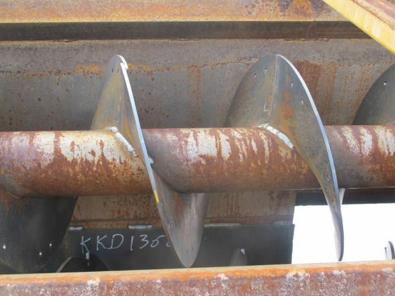 Knight 3030 reel mixer feeder wagon   Farm Equipment>Mixers>Reel Feed Mixers - 4